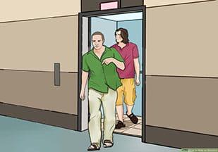 احتمال توقف در طبقات آسانسور